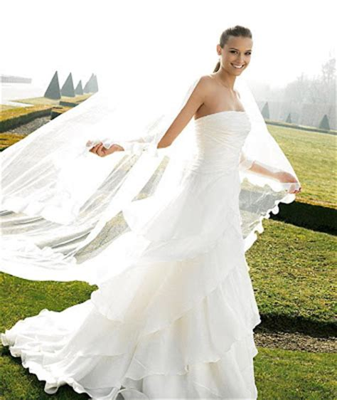white wedding dresses 2009 wedding gowns pictures of 2009 pronovias best wedding