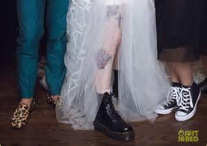 hayley williams wedding ring paramore s hayley williams wedding photos to chad gilbert