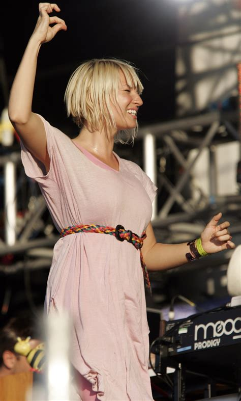 Sia Furler Chandelier Chandelier Singer Sia Finishes Recording New For Upcoming Album This Is Acting