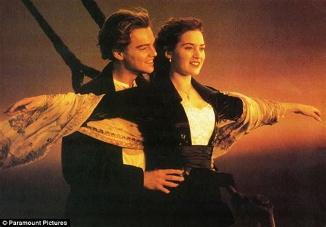 film titanic länge cannes 2011 leonardo dicaprio floats blake lively s boat