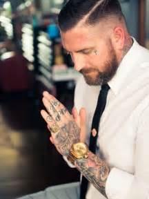 55 powerful hand tattoo designs
