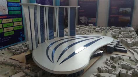 pm wishes   delhi  airport terminal