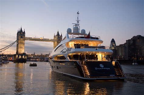 boat lifestyle rustylelife the world of luxurious lifestyle luxury