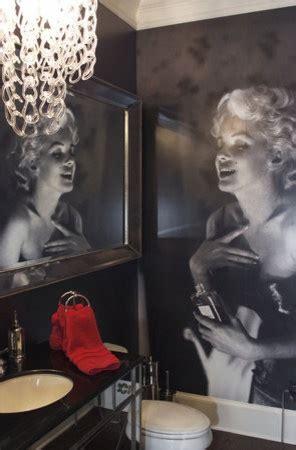 marilyn monroe wallpaper for bedroom d 233 coration en souvenir de marilyn powder room design