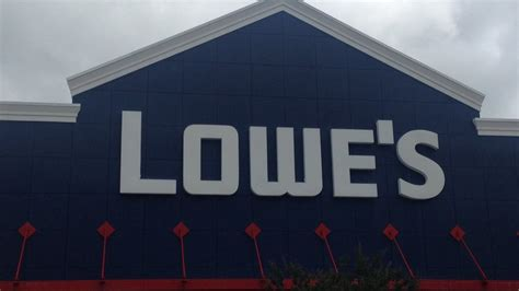 lowes south boston virginia lowe s employee helps to save co worker s wset