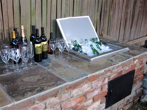diy backyard bar how to build a backyard bar how tos diy