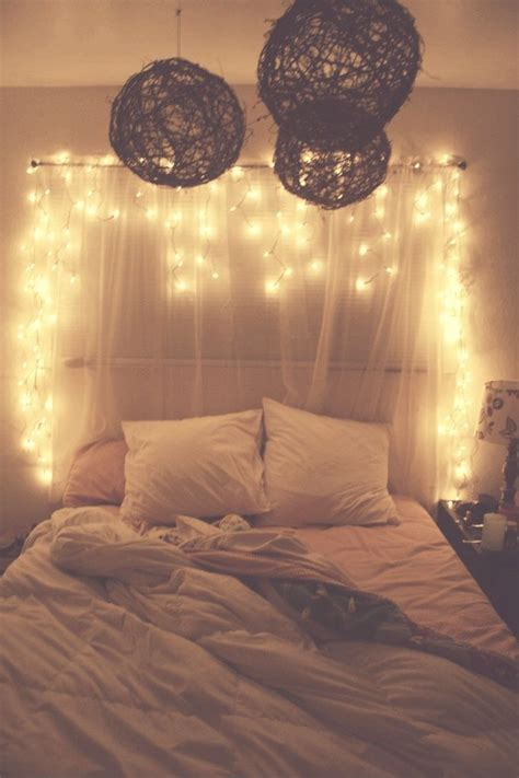 Diy Curtain Headboards Easy D 233 Cor Styles Decozilla White Lights In Bedroom