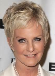 2015 short hairstyles for women over 50 with fine hair