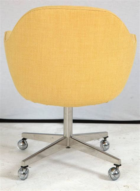 Knoll Desk Chair In Yellow Microfiber For Sale At 1stdibs Yellow Desk Chair