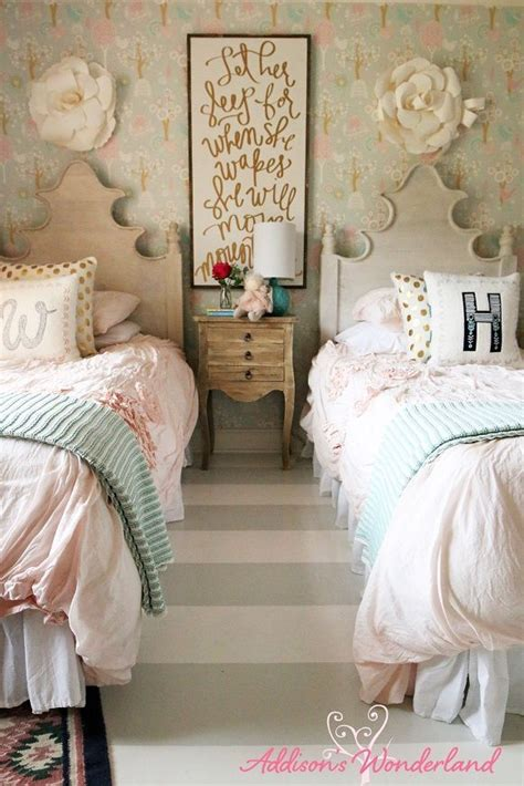 girls home decor 1000 ideas about vintage bedroom decor on pinterest