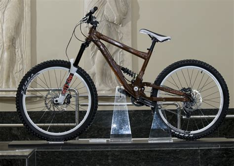 commencal supreme dh 2009 2009 commencal supreme racing 2 sick lines gallery