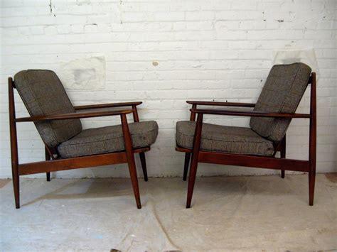 Baumritter Furniture by Pair Of Modern Baumritter Lounge Chairs At 1stdibs
