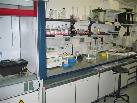 laboratory work benches file lab bench jpg wikimedia commons
