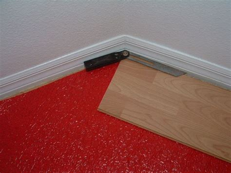 Cutting Laminate Flooring by Laminate Flooring Cutting Tool Laminate Flooring