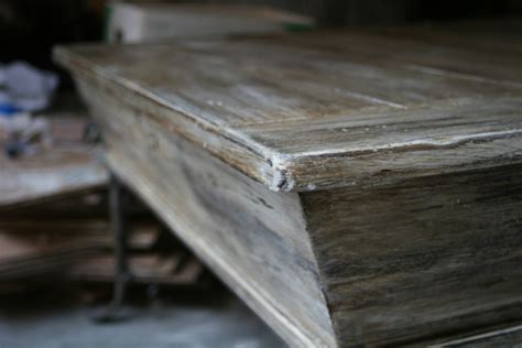 chalk paint that looks like stain sloan chalk paint tutorial the weathered wood look