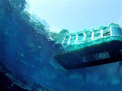 glass bottom boat cancun underwater museum of art off the coast of cancun isla