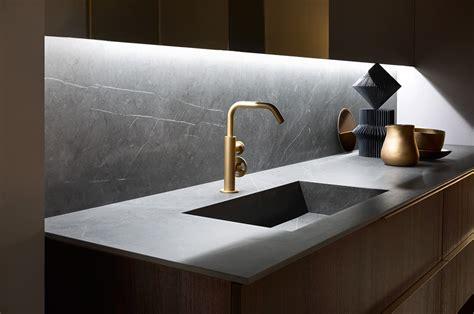 bagni con marmo il bagno moderno in marmo a casa di guido