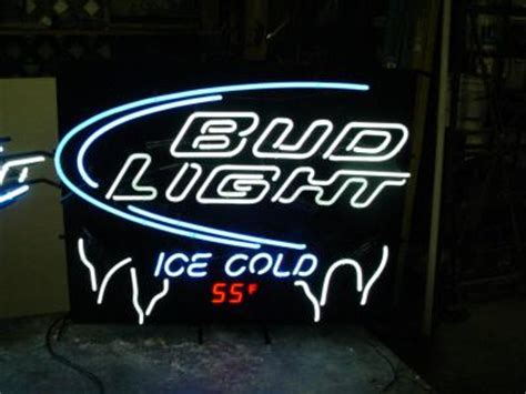 ice cold bud light here ebluejay bud light ice cold neon sign with thermometer