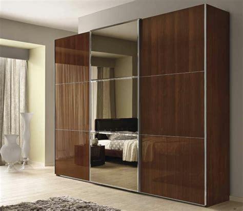 schräge schrank schrank design schlafzimmer