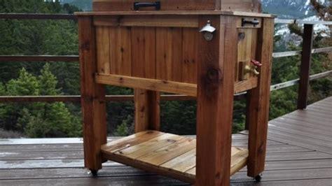 diy pallet wood ice chest   elaborate  simple