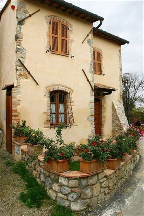 cottage italy tuscany italy tuscany and italy on