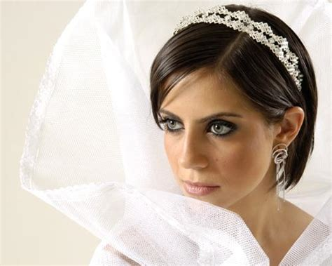 bob hairstyles with veil bridal hairstyles for short hair with veil