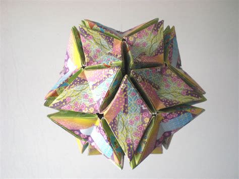 Revealed Flower Origami - origami kusudama revealed flower closed by andy