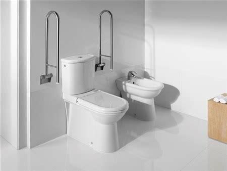 lavabo y water juntos vaso monoblocco e bidet disabili civic