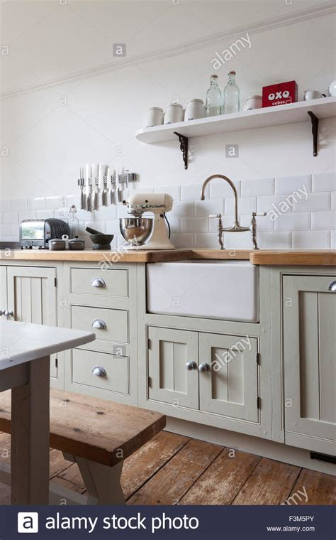 Belfast Sink In Modern Kitchen by Modern Shaker Style Kitchen With Painted Cupboards And