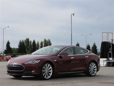 Tesla Model S Pricing And Options 2012 Tesla Model S Prices Options Specifications