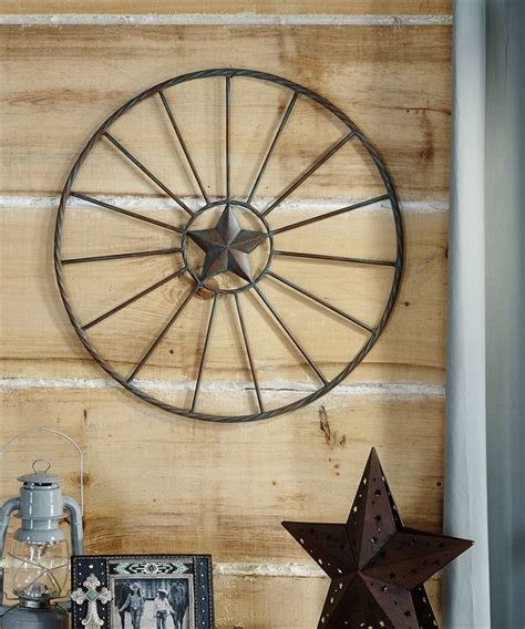 wagon wheel home decor gc086651 western metal wagon wheel wall decor with star