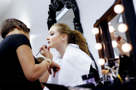 Makeup Class 1 day professional make up course your beautique