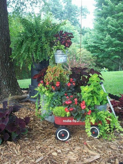 Garden Junk Repurposed Junk Garden Gardening