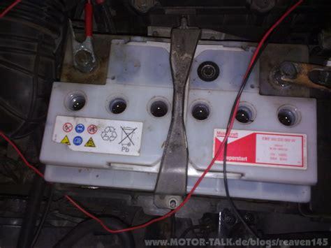 Motorrad Batterie Mit Destilliertem Wasser Auff Llen by Destilliertes Wasser 1l Heisesteff De