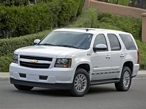 where to buy car manuals 2011 chevrolet tahoe electronic throttle control chevrolet tahoe specs 2008 2009 2010 2011 2012 2013 2014 autoevolution