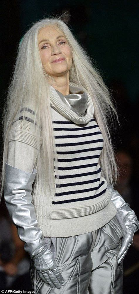 older chicos model with short grey hair top 25 ideas about beauty above 40 on pinterest models
