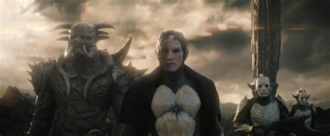 film thor the dark word thor the dark world movie review geeks under grace