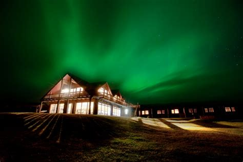 best hotels to see northern lights best place to see northern lights in iceland