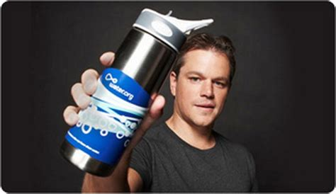 charity water matt damon gift guide 2010 top ten gifts for a noble cause
