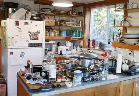 cluttered house declutter to sell your home quicker trash talk