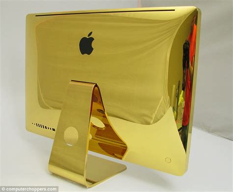 Laptop Macbook Gold the ultimate midas touch the 24 carat gold macbook pros complete with apple logos a