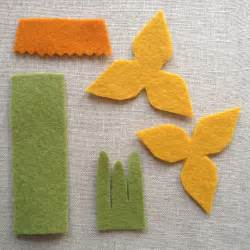 pattern for felt daffodil daffodil sewing pattern maker magpie