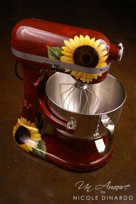 red sunflowers ideas  pinterest black sunflower seeds growing sunflowers  seed