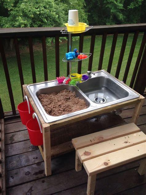 Sand Table Ideas with Play Sand Table Bigdiyideas