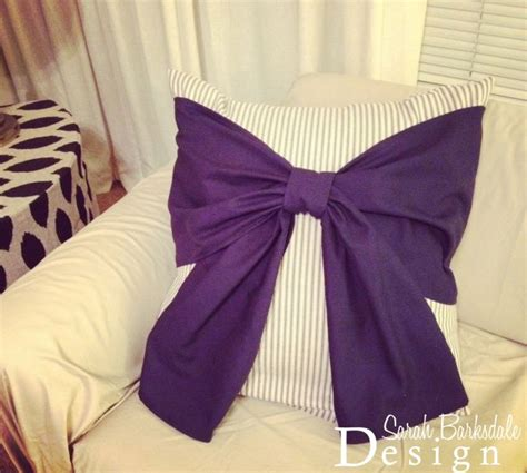 Bow Pillow Pattern by 1000 Ideas About Bow Pillows On Sewing