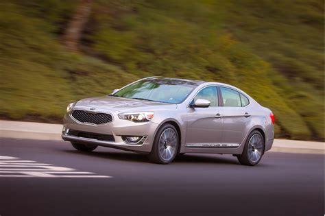 Credenza Kia Kia Goes Upmarket In Detroit With New 2014 Cadenza Sedan