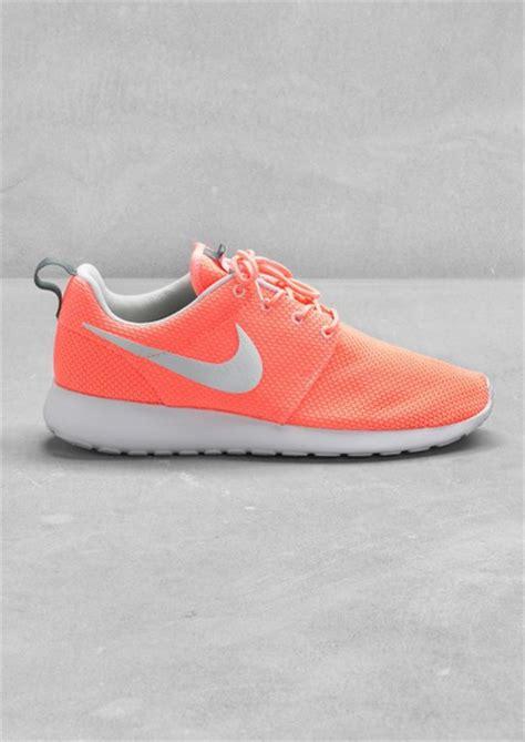 neon orange sneakers shoes nike roshe run neon orange sneakers corail
