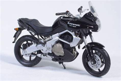 Nesa Shopp Vitria Maxy kawasaki 1 18 motorradmodelle
