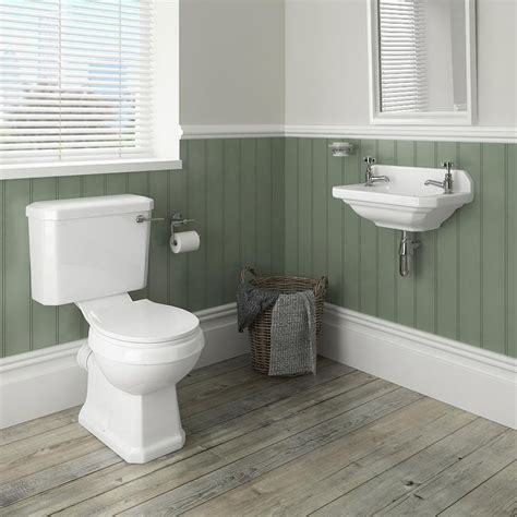 cloakroom bathroom ideas best 25 cloakroom basin ideas on pinterest cloakroom