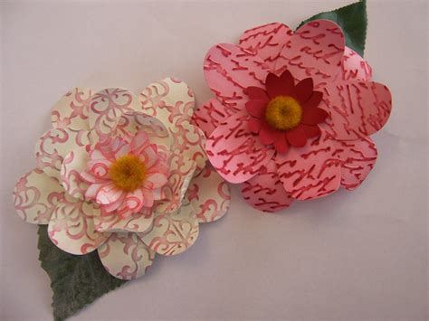 crafts using paper how to make beautiful flowers using craft punches an